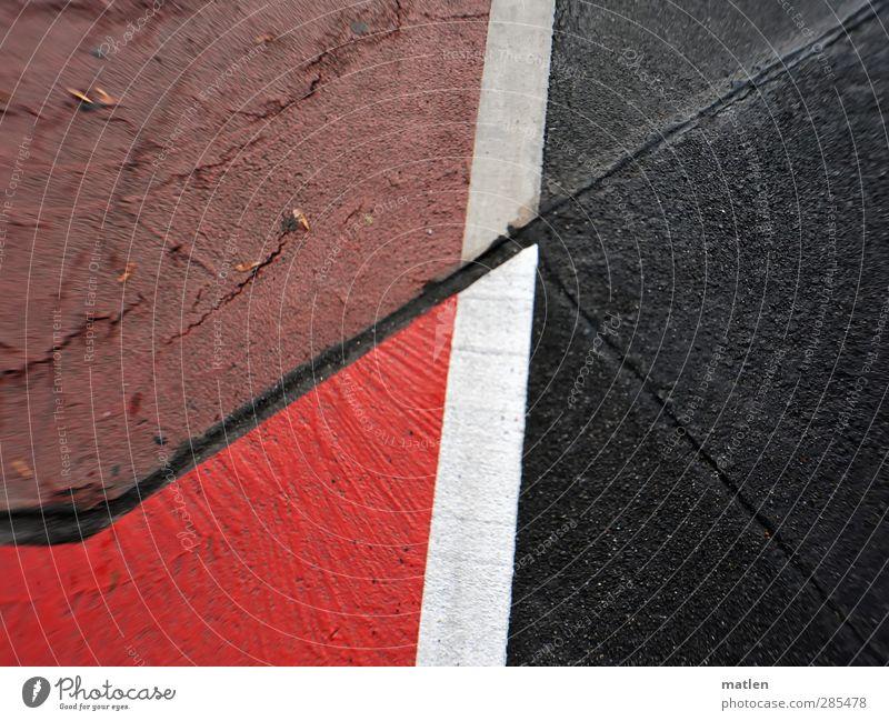 Feldversuch weiß rot schwarz Straße Fahrradfahren Verkehrswege Straßenkreuzung Wegkreuzung Fahrradweg