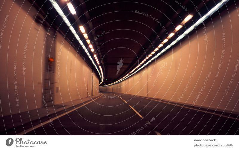 Straßentunnel Ausflug Güterverkehr & Logistik Stadtzentrum Tunnel Bauwerk Verkehrsmittel Straßenverkehr Autofahren Autobahn orange Stollen Unschärfe Natrium