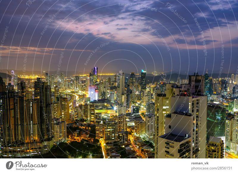 Panama City! panama city Hauptstadt Skyline Architektur Tugend Höhenangst Geld Hochhaus Hochhausbau Mittelamerika Lateinamerikaner Himmel Dämmerung