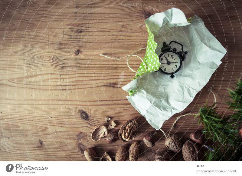Geschenktipp Weihnachten & Advent grün schön Holz klein Feste & Feiern Zeit braun natürlich Uhr authentisch Dekoration & Verzierung Dinge Kreativität Idee