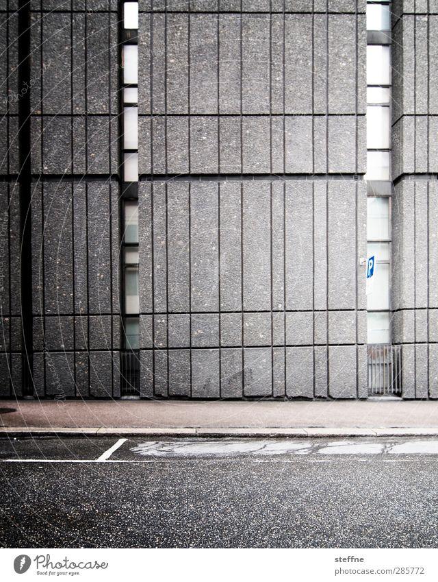 Around the World | Oslo Norwegen Stadt Mauer Wand Fassade modern trist Beton Schwarzweißfoto Außenaufnahme