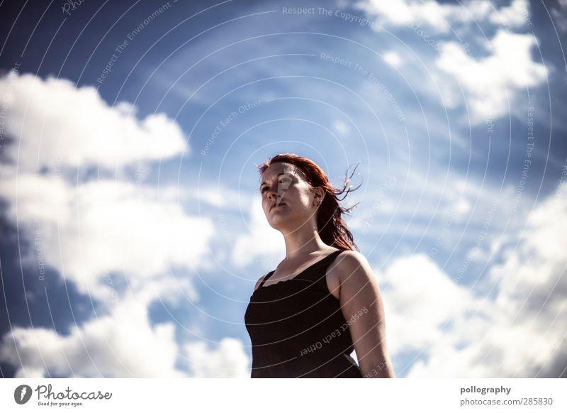 i believe i can fly Mensch Frau Himmel Natur Jugendliche Sommer Wolken ruhig Erwachsene Junge Frau Leben feminin Gefühle Haare & Frisuren 18-30 Jahre Luft