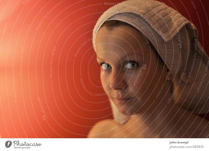 400 | Cleopetra Mensch Jugendliche schön rot Erholung Erwachsene Gesicht nackt Junge Frau feminin Erotik 18-30 Jahre Schwimmen & Baden Haut Sauberkeit Wellness