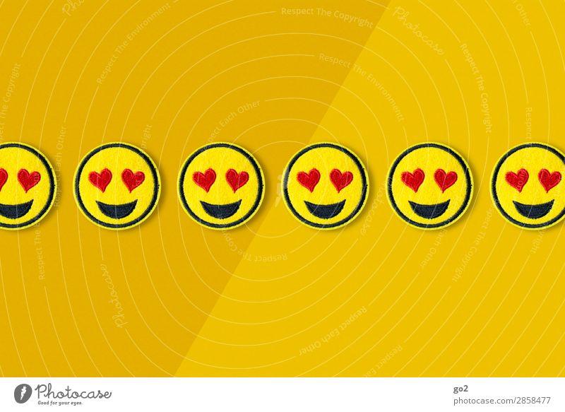 Wir lieben es Freude Flirten Feste & Feiern Valentinstag Muttertag Hochzeit Geburtstag Stoff Zeichen Herz Smiley lachen Fröhlichkeit lustig gelb rot Gefühle