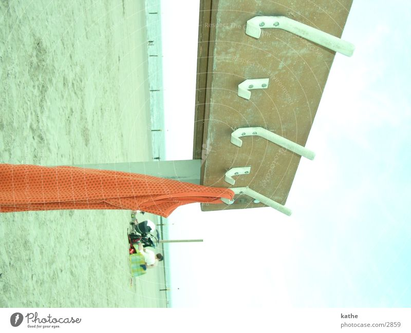 freiluftgarderobe Mensch Strand Holz Sand Europa Insel T-Shirt Haken Unterhemd Norderney