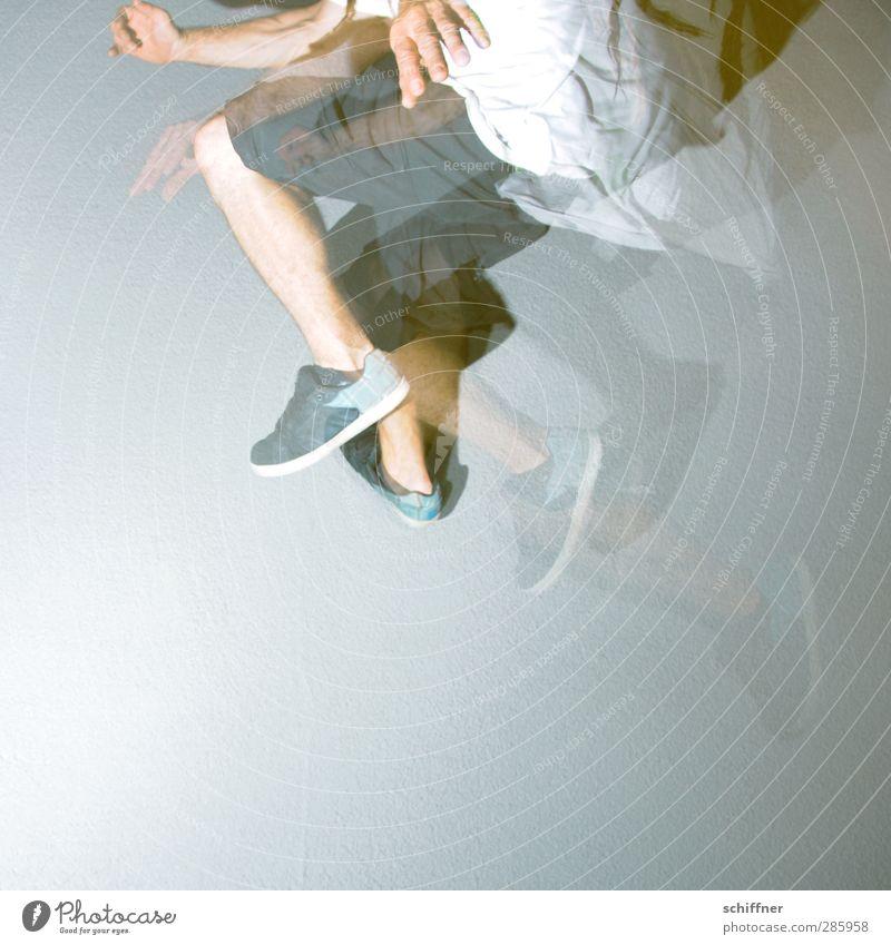 700 Luftsprünge Mensch maskulin Junger Mann Jugendliche Erwachsene Hand Finger Beine 1 springen fliegen fliegend Hose Turnschuh Politische Bewegungen Aktion