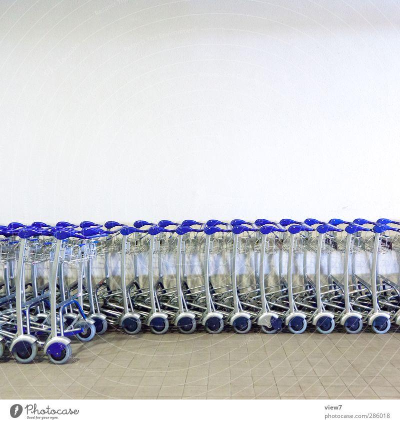 229091_ blau kalt Bewegung Metall Arbeit & Erwerbstätigkeit Erfolg ästhetisch genießen kaufen Dienstleistungsgewerbe Gesellschaft (Soziologie) Stress Reichtum Wirtschaft Handel Konkurrenz
