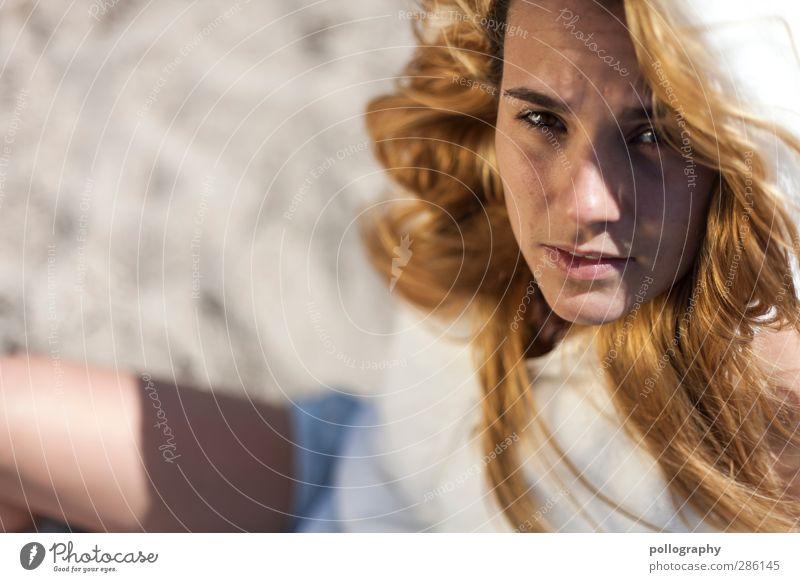 sandgirl (I) Mensch Frau Jugendliche Ferien & Urlaub & Reisen schön Sommer Junge Frau Strand Erwachsene Leben Gefühle feminin Traurigkeit Haare & Frisuren Sand Mode