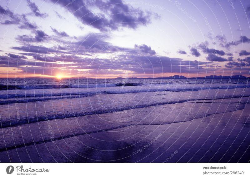 Himmel blau Wasser schön Meer Strand Wolken Landschaft Ferne Freiheit Horizont Wetter rosa Wellen Schönes Wetter Urelemente