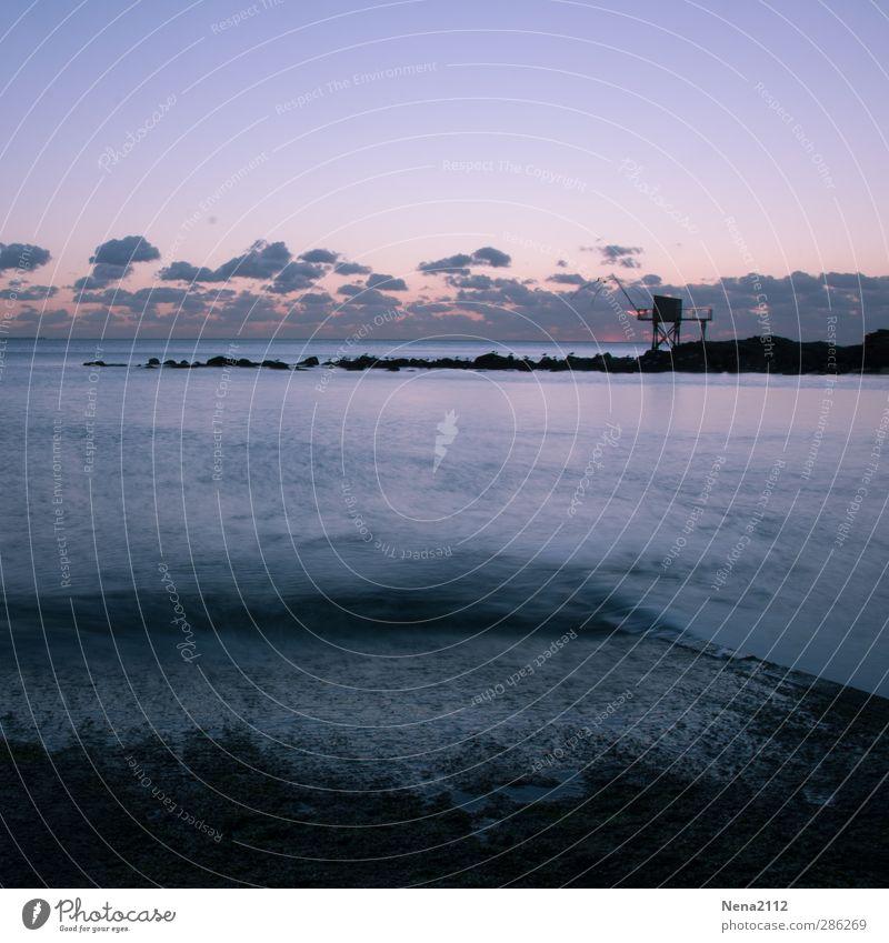 Gute Nacht! Natur Landschaft Luft Wasser Himmel Wolken Nachthimmel Wetter Schönes Wetter Wellen Küste Meer blau violett Langzeitbelichtung Pêcherie Säule