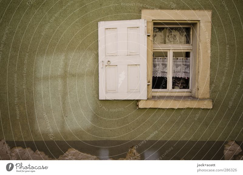 Schein & Sein Häusliches Leben Fensterdekoration Franken Dorf Haus Fassade Fensterladen Dekoration & Verzierung leuchten alt authentisch eckig fest einzigartig