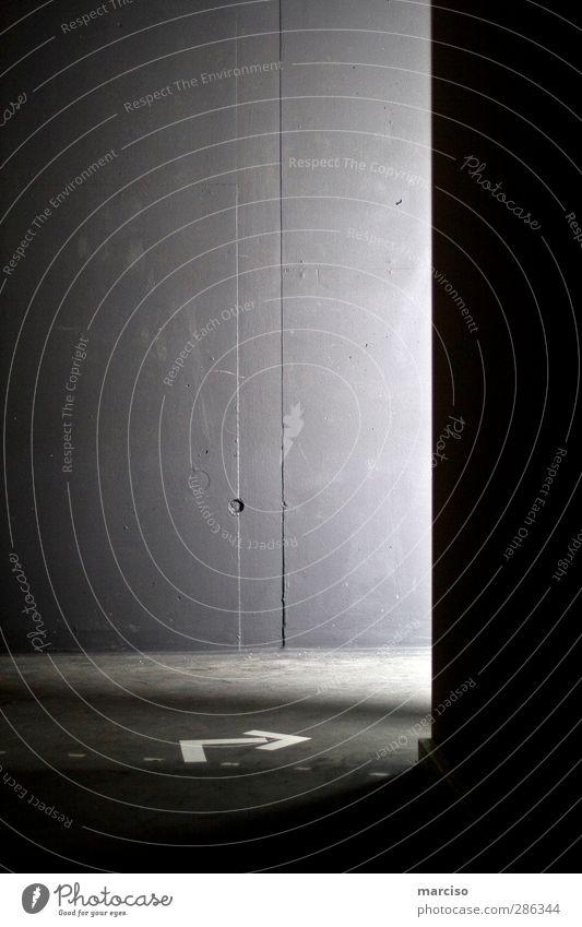 rechts Wege & Pfade Religion & Glaube Kunst Angst Schilder & Markierungen Beginn gefährlich Hinweisschild Hoffnung Zeichen Neugier Vertrauen Pfeil skurril
