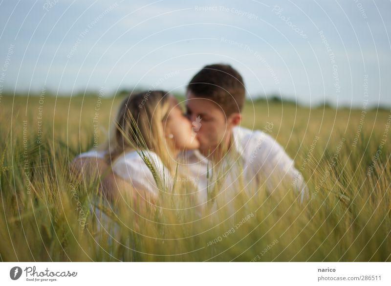<3 Mensch Natur Jugendliche Pflanze Freude Erwachsene Umwelt Liebe Junge Frau feminin Gefühle Junger Mann Glück 18-30 Jahre Paar Zusammensein