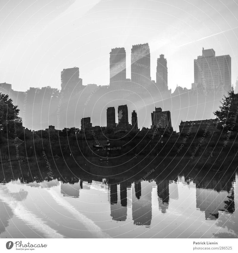 Central Park Natur See Stadt Skyline bevölkert Haus Hochhaus Bauwerk Gebäude Architektur Sehenswürdigkeit entdecken modern ästhetisch Fortschritt