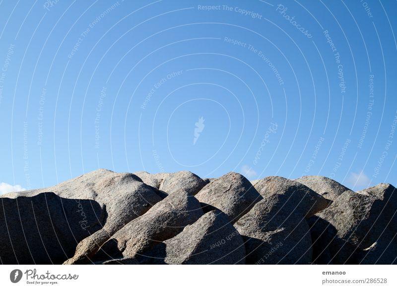 granit Natur Landschaft Urelemente Himmel Wetter Felsen Berge u. Gebirge Gipfel Schlucht Stein blau grau Granit Sardinien Hügel hart Bergsteigen Klettern