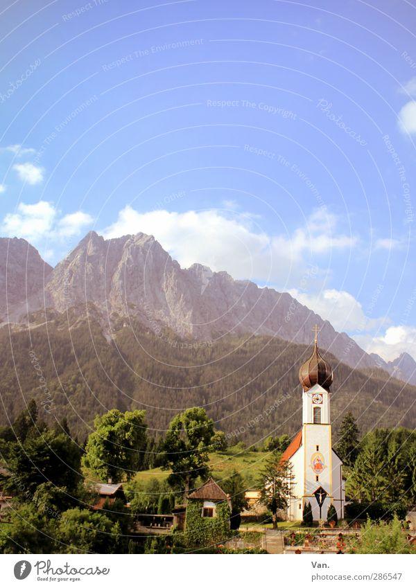 Postkarte Ferien & Urlaub & Reisen Landschaft Himmel Wolken Sommer Baum Garten Wald Berge u. Gebirge Alpen Zugspitze Gipfel Grainau Dorf Kirche blau grün ruhig
