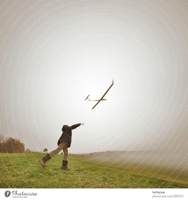 über den wolken Lifestyle Freizeit & Hobby Spielen Mensch Kind Junge Kindheit Leben 1 3-8 Jahre Umwelt Natur Landschaft Luft Herbst Nebel fliegen Flugzeug