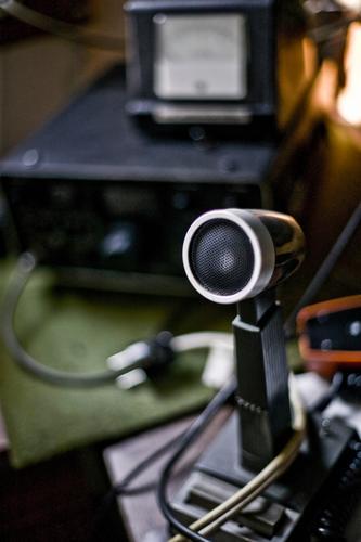 Mayday schwarz retro Mikrofon Funktechnik Funkgerät Funkwellen