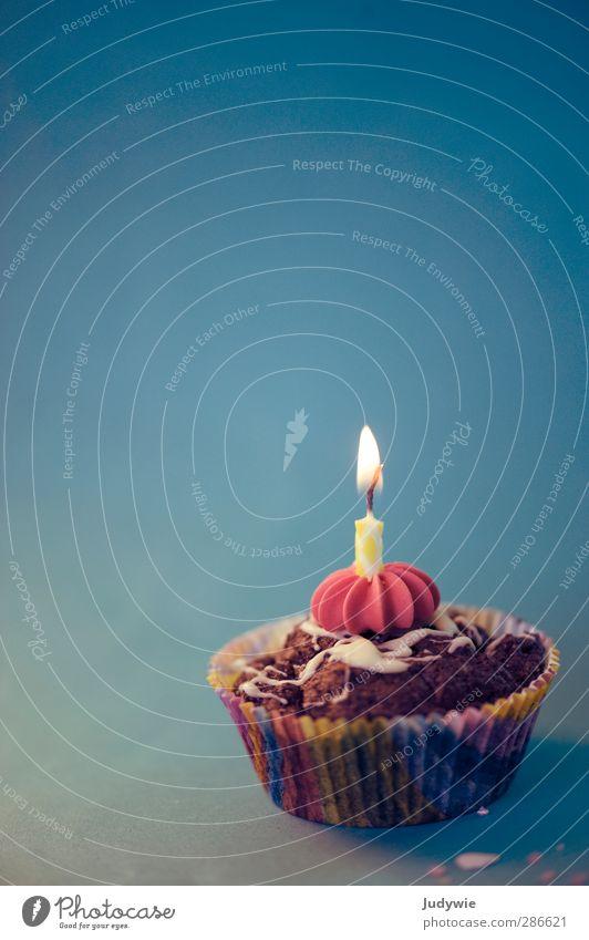 Zum Geburtstag viel Glück blau Weihnachten & Advent Freude Essen Lifestyle Feste & Feiern Lebensmittel Party Ernährung süß Kerze Kitsch Süßwaren Überraschung