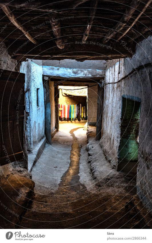 Altstadtviertel Haus Wand Gebäude Mauer Fassade authentisch Armut einzigartig Fußweg einfach Neugier Bauwerk Afrika Gasse Erwartung Marokko
