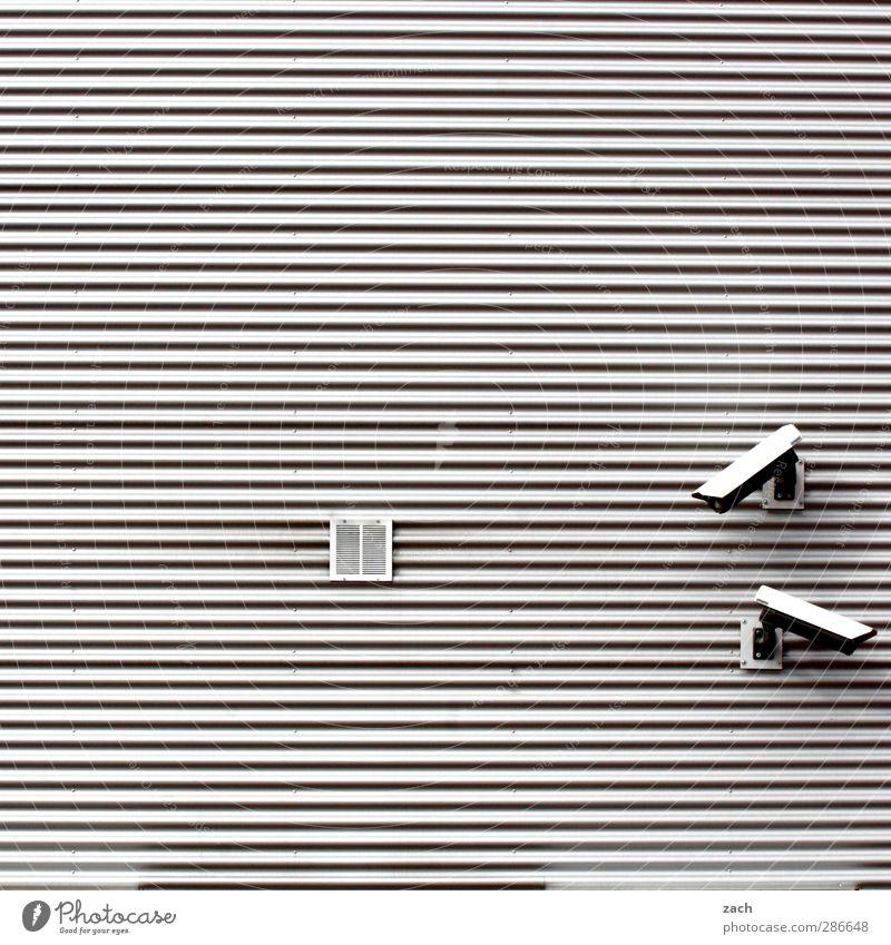 Vi Deo - 24h Schutz? Stadt Haus grau Architektur Gebäude Linie Fassade Zukunft Sicherheit Technik & Technologie beobachten Fabrik Wachsamkeit