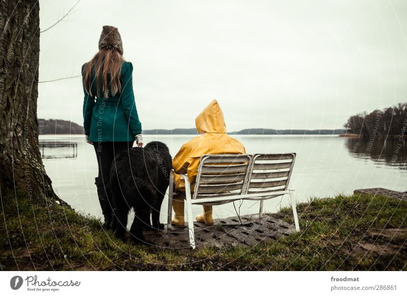 black friday - family time Hund Mensch Frau Mann Jugendliche Ferien & Urlaub & Reisen Winter Erholung Erwachsene Junge Frau kalt Herbst feminin Junger Mann