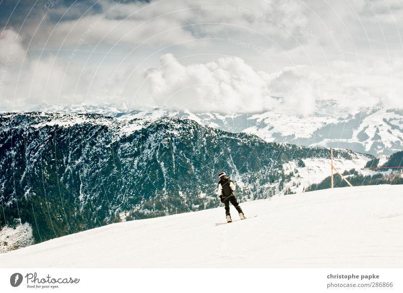 boarding Mensch Ferien & Urlaub & Reisen Jugendliche Wolken Winter 18-30 Jahre kalt Berge u. Gebirge Erwachsene Schnee Sport Freizeit & Hobby Gipfel Alpen Schneebedeckte Gipfel abwärts