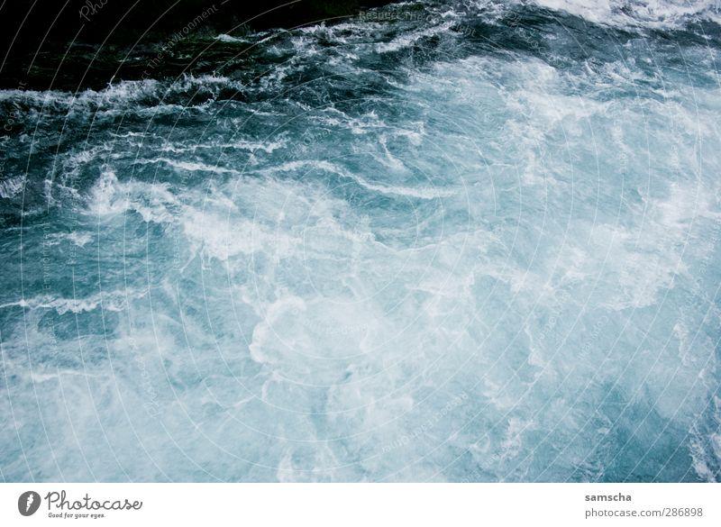 Strudel Natur blau Ferien & Urlaub & Reisen Wasser kalt natürlich wild nass Abenteuer bedrohlich Fluss Flüssigkeit Bach Schlucht Wasseroberfläche Wasserfall