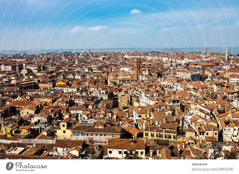 Luftaufnahme von Venedig vom Glockenturm aus schön Ferien & Urlaub & Reisen Tourismus Ausflug Sightseeing Städtereise Sommerurlaub Meer Haus Landschaft Himmel