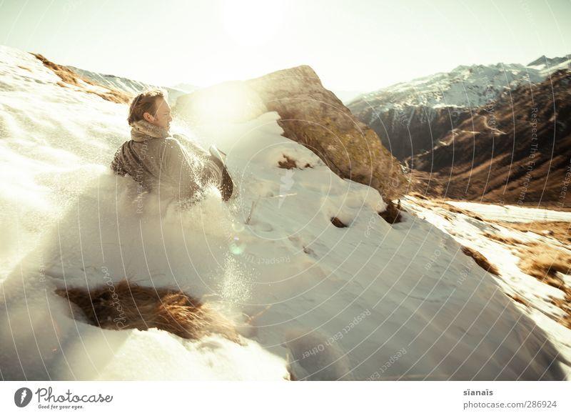 rutschparty Leben Spielen Winter Schnee Wintersport Mensch maskulin Mann Erwachsene 1 Natur Schönes Wetter toben lustig Geschwindigkeit Lebensfreude Mut Übermut