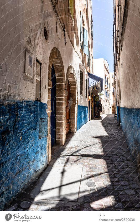 Gasse Ferien & Urlaub & Reisen Tourismus Häusliches Leben Wohnung Haus Essaouira Marokko Mauer Wand Verkehrswege Wege & Pfade authentisch blau Farbfoto