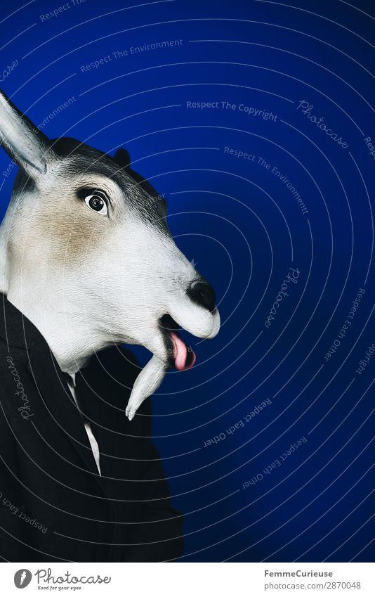 Scapegoat - person masked as goat 1 Mensch Tier Konflikt & Streit Sündenbock schuldig Symbole & Metaphern Ziegenbock verkleiden Maske Karneval tierisch anonym