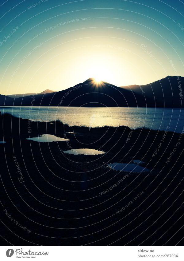 Glósóli Himmel Natur Ferien & Urlaub & Reisen Wasser Sonne Meer Landschaft Ferne Strand Berge u. Gebirge Küste Freiheit hell Tourismus leuchten Wellen