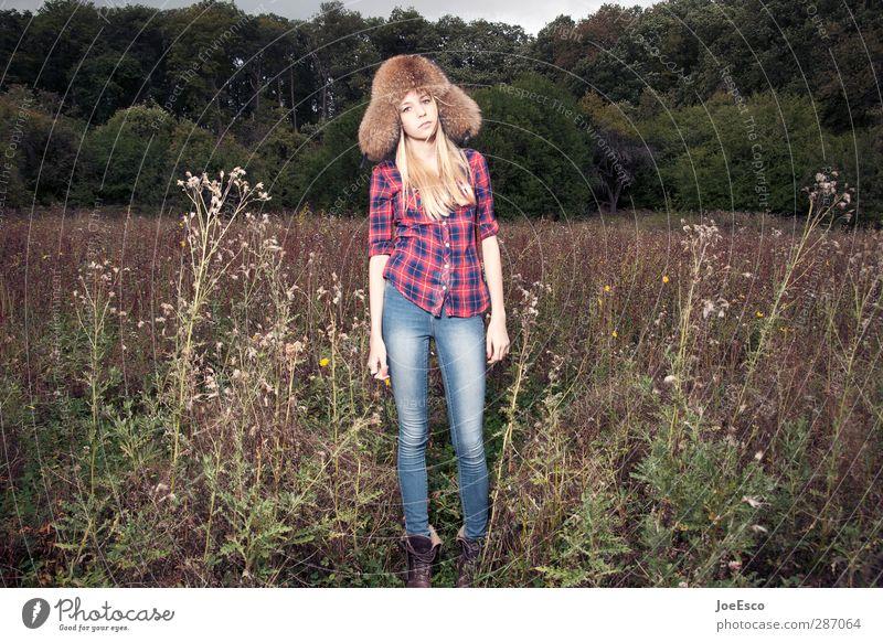 #243503 Mensch Frau Natur schön Landschaft Erholung Erwachsene Freiheit Traurigkeit Denken Mode träumen blond Freizeit & Hobby warten Abenteuer