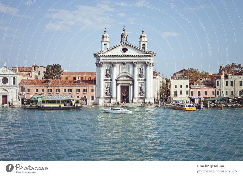 ...ne... Ferien & Urlaub & Reisen Tourismus Sightseeing Städtereise Wasser Venedig Italien Haus Kirche Bauwerk Gebäude Schifffahrt Bootsfahrt eckig Stadt Glaube