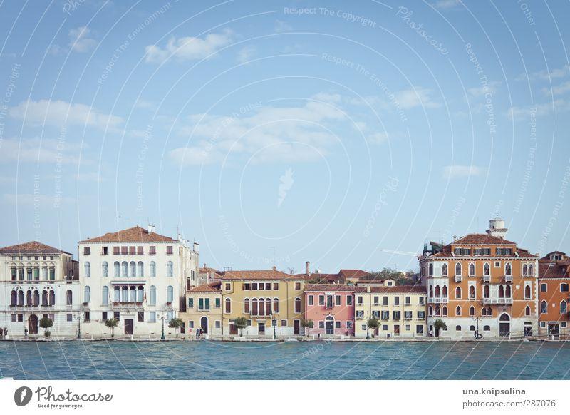 ve... Ferien & Urlaub & Reisen Sightseeing Städtereise Wasser Venedig Italien Stadt Haus Architektur eckig mehrfarbig Farbfoto Außenaufnahme Zentralperspektive