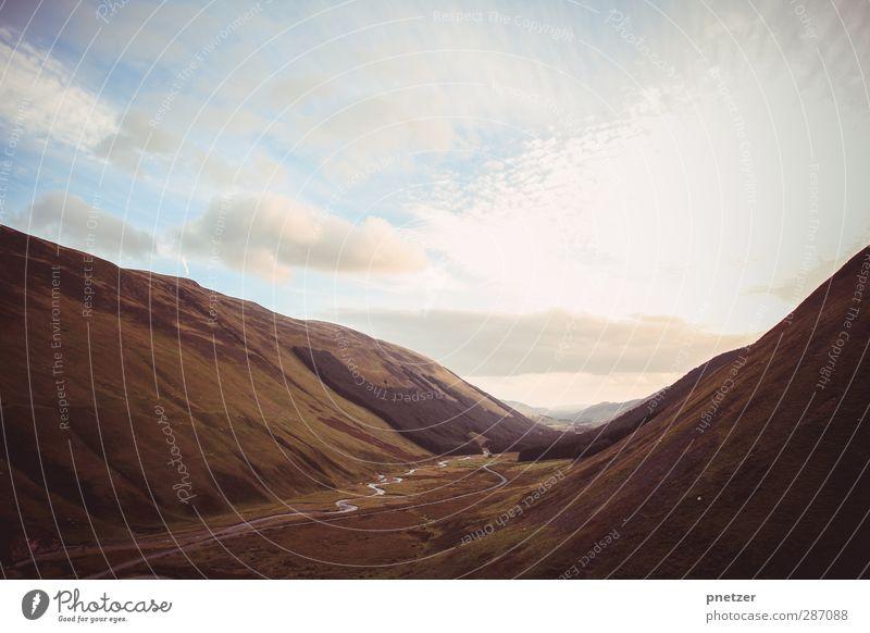 Grey Mare's Tail Himmel Natur Ferien & Urlaub & Reisen Sommer Pflanze Freude Tier Wolken Landschaft Umwelt Wiese Berge u. Gebirge Herbst Gefühle Gras Freiheit