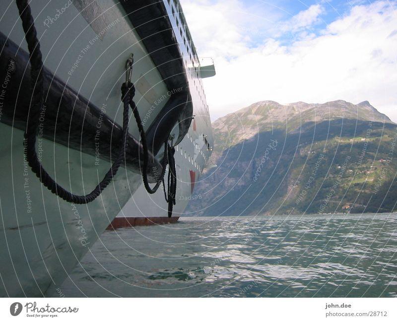 Das Boot Wasser Meer Sommer Berge u. Gebirge Wasserfahrzeug Norwegen Fjord