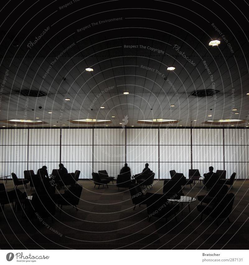 Lobbyismus Hotel Foyer Drahtzieher Mafia dunkel Handel Business Sessel Figur Schatten Silhouette Couchtisch Licht Bühnenbeleuchtung Verabredung Sitzung