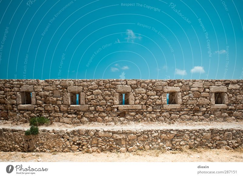 Festungsmauer Ferien & Urlaub & Reisen Tourismus Ausflug Abenteuer Sightseeing Sommer Sommerurlaub Erde Sand Himmel Wolken Bauwerk Mauer Wand Schiessscharte