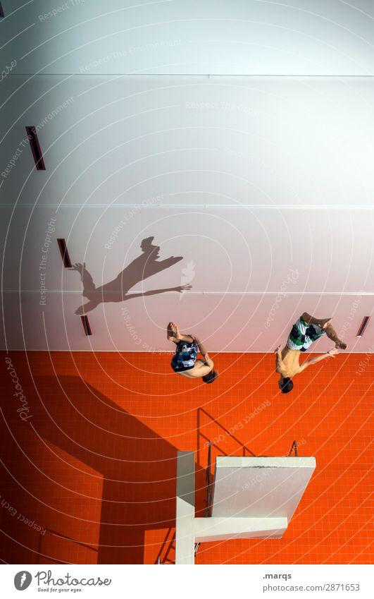 Springer Freude Freizeit & Hobby Sport Wassersport Sprungbrett Schwimmbad Mensch maskulin 2 18-30 Jahre Jugendliche Erwachsene springen Coolness einzigartig