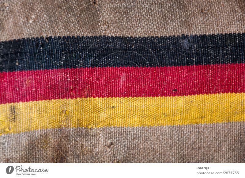 Postsack Jutesack Zeichen Fahne alt kaputt Politik & Staat Verfall Deutsche Flagge Farbfoto Nahaufnahme Menschenleer Textfreiraum oben Textfreiraum unten