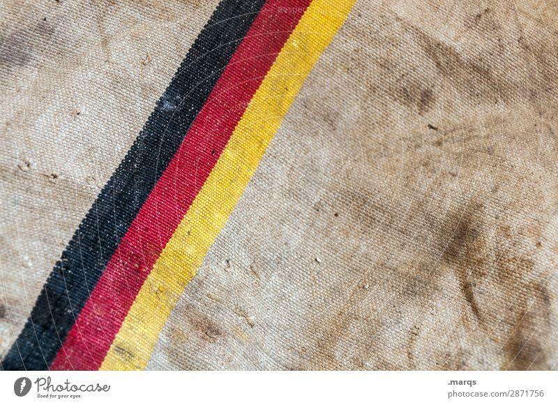 Made in Germany Zeichen Linie Deutsche Flagge alt dreckig braun gelb rot schwarz Hintergrundbild Politik & Staat Farbfoto Außenaufnahme Nahaufnahme Menschenleer