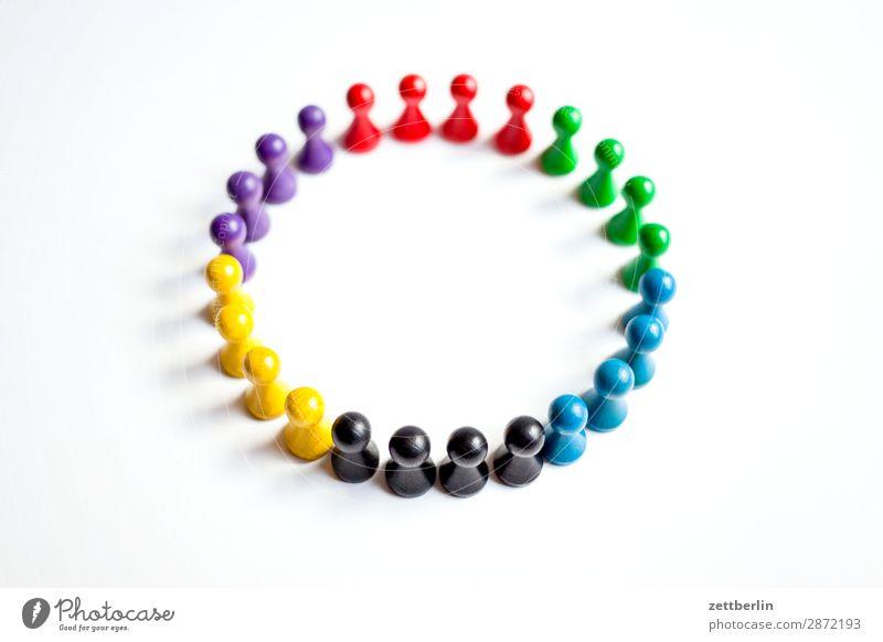 Farbkreis Anordnung mehrfarbig Vielfältig Farbe Figur Strukturen & Formen Formation mehrere Tiergruppe Menschengruppe Kindergruppe Konflikt & Streit Kreis