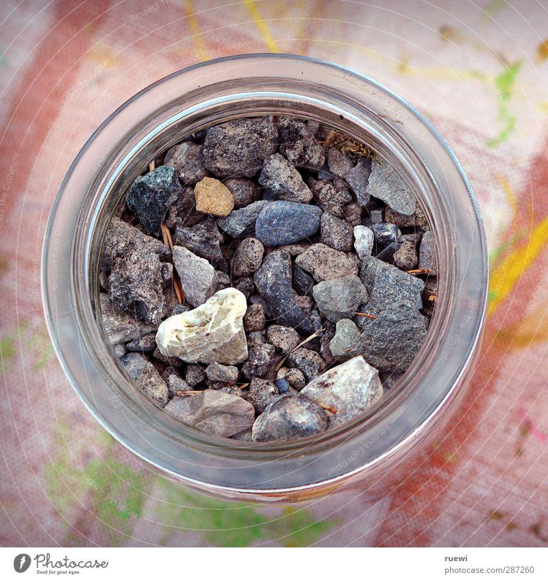 No whiskey in the jar Natur grün rot Freude gelb Umwelt Spielen grau Stein rosa Freizeit & Hobby Kindheit Glas Urelemente einfach