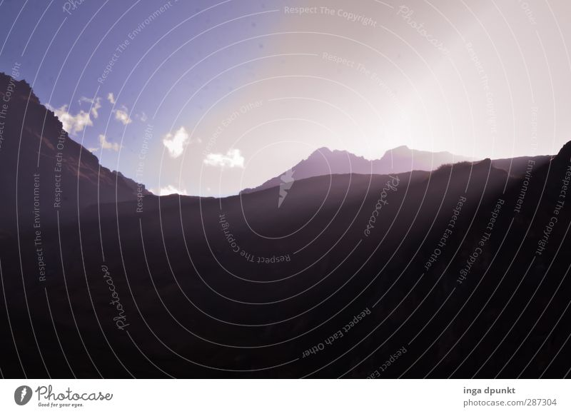 Happy Birthday Photocase! Himmel Natur Sonne Landschaft Umwelt Berge u. Gebirge Horizont Felsen Abenteuer Gipfel Inspiration Berghang Lichtspiel