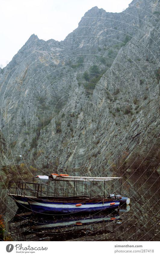 Reisen Natur Ferien & Urlaub & Reisen Wasser Winter Ferne Berge u. Gebirge Herbst See Felsen Tourismus Ausflug Abenteuer Fluss Seeufer Asien Bucht