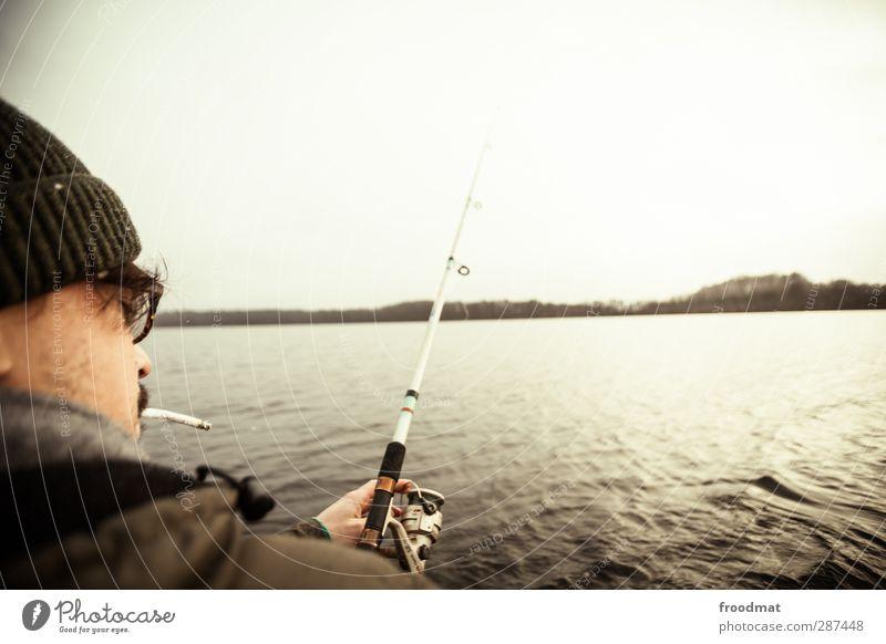 danke für den fisch Freizeit & Hobby Angeln Mensch maskulin Junger Mann Jugendliche Erwachsene 1 Wasser Himmel Herbst Winter schlechtes Wetter Wind Regen Teich