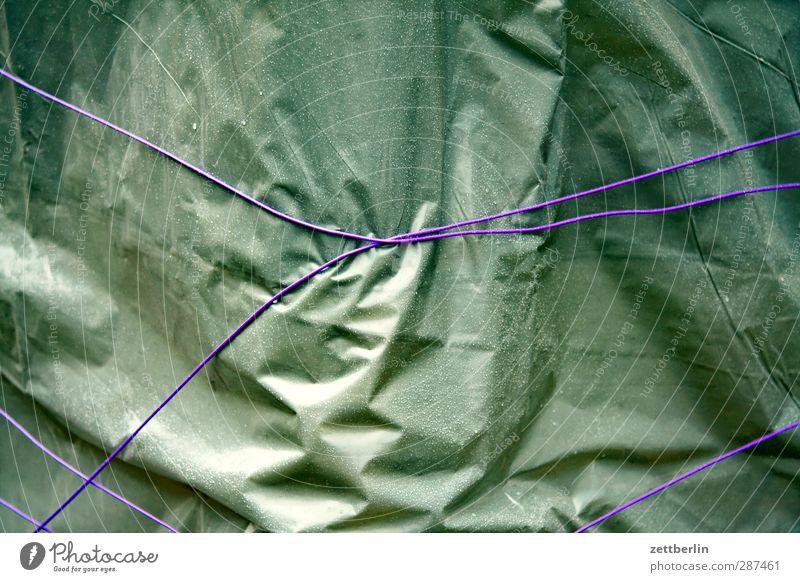Geschenk Freizeit & Hobby Abdeckung Geschenkpapier Hülle Verpackungsmaterial Schnur verschnürt Befestigung Absicherung Knoten Kunststoff Packpapier