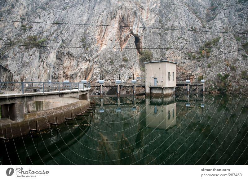 Wasserenergie Haus Berge u. Gebirge See Felsen Energiewirtschaft Elektrizität Technik & Technologie Industrie Wissenschaften Strommast Stromkraftwerke Stausee
